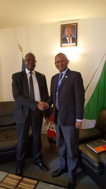 Le Chargé d'Affaires a.i. reçoit le Directeur Afrique de 'l'Unesco